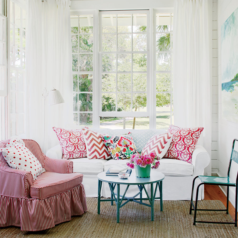 coral accented coastal living room
